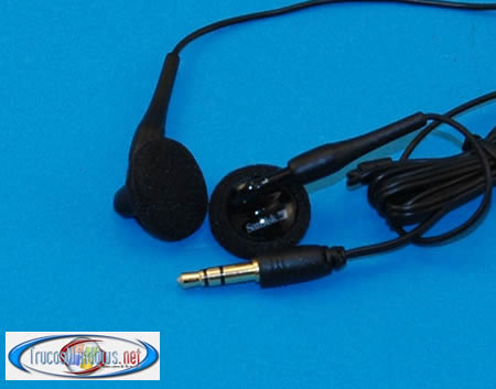 Foto auriculares reproductor MP3 Sandisk Sansa e270 6 GB